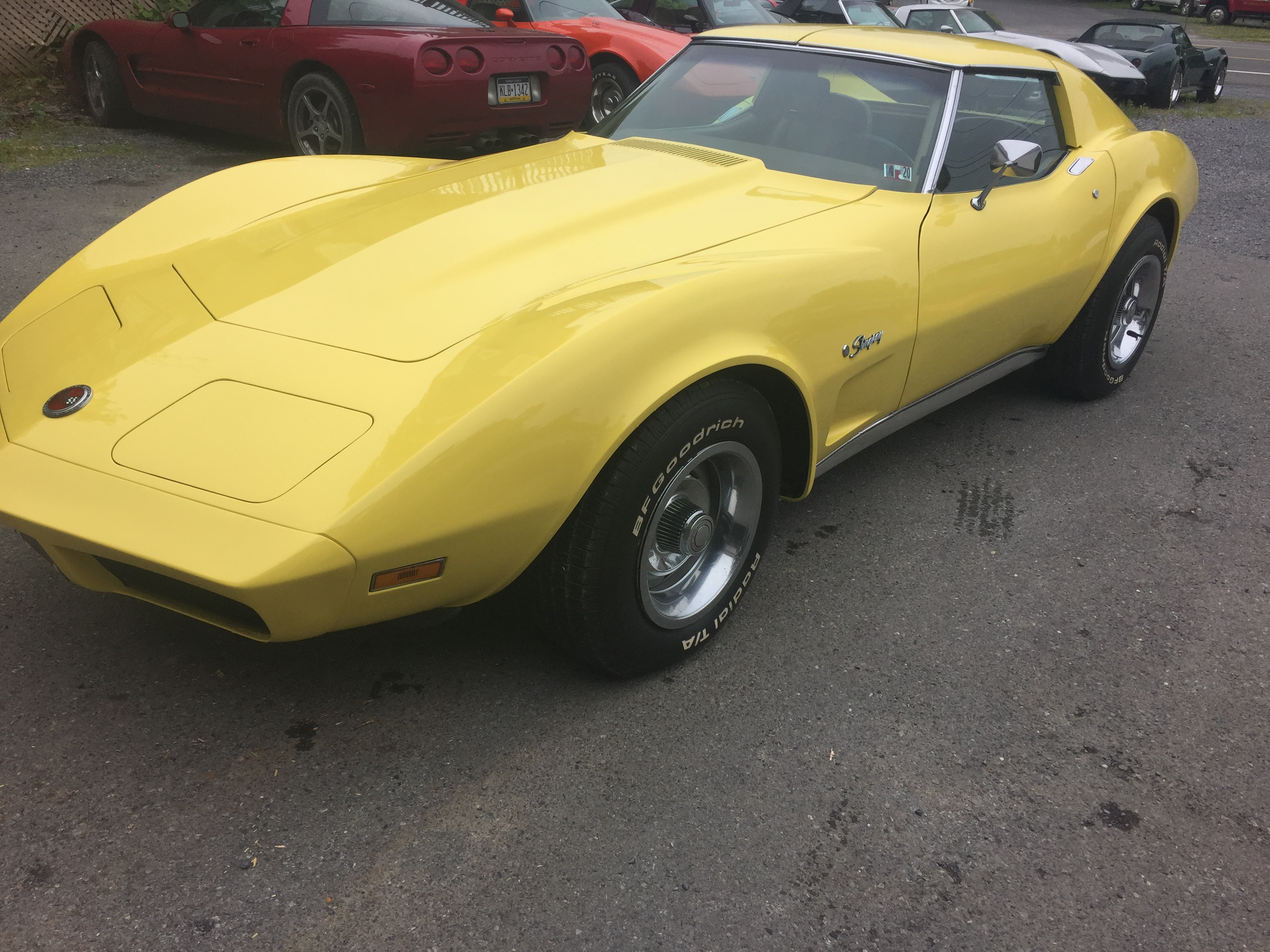 1974 Yellow Corvette