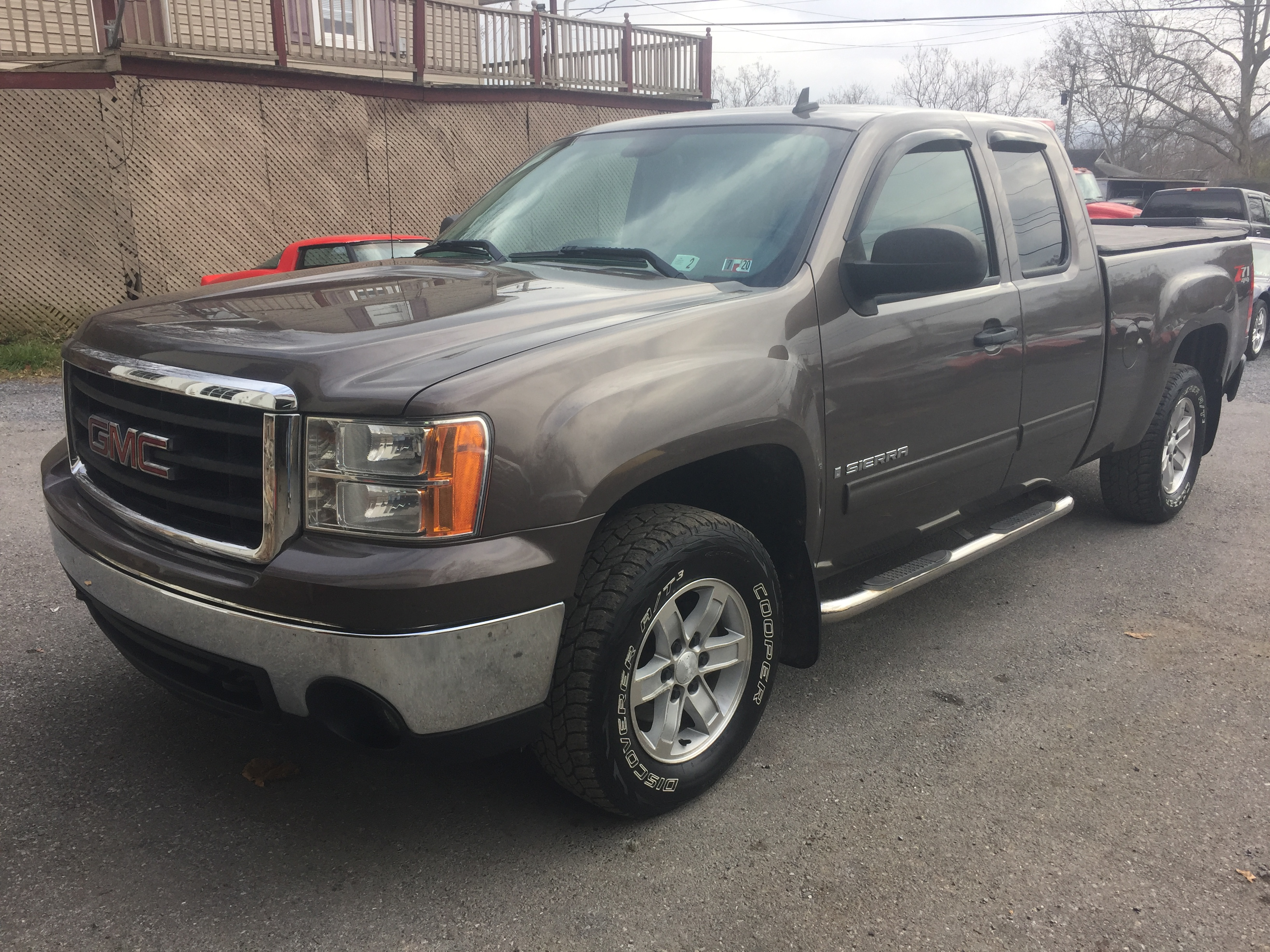 2008 Brown GMC Sierra